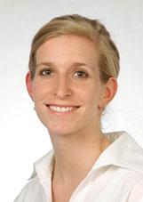 Frau Dr. Carolin George